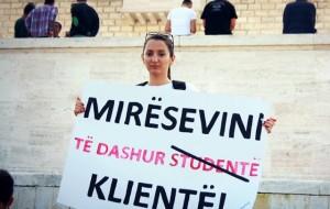 """""""Tarifat e papërballueshme, studentët lënë shkollën"""""""