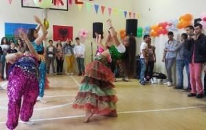 8 prilli, Dita e Romëve, një popull, shumë ngjyra!