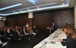 """Ministri Bajrami në konferencën """"Arsim cilësor për të gjithë"""""""