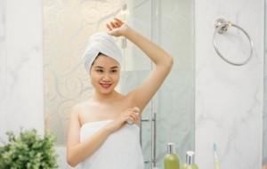 Higjiena, kur duhet të përdoret deodoranti?