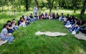 """Nxënësit e gjimnazit """"Ismail Qemali"""" mësim në natyrë"""