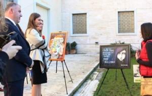 """Nxënësit e gjimnazit """"Ismail Qemali"""" ekspozitë në ministri"""