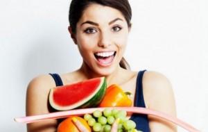 Keni akne? Konsumoni fruta dhe perime, përmirësojnë lëkurën