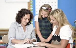 Si t'i ndihmojmë fëmijët që mungojnë gjatë në shkollë