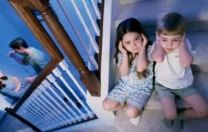 Abuzimi verbal në fëmijëri lë gjurmë të përhershme