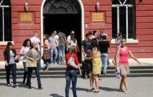 Universitetet, tarifat e shkollimit nuk do të rriten