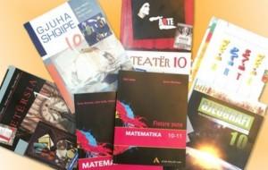 Njoftim për shitjen e teksteve shkollore në Tiranë