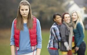 """Shoqet më largohen, më thonë se jam shumë """"fëminore"""""""