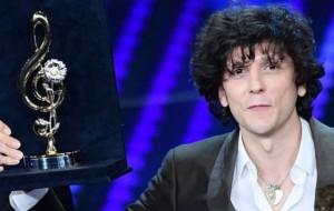 Ermal Meta rrëmbeu tre çmime në Sanremo