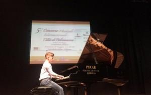13-vjeçari shqiptar triumfoi në konkursin ndërkombëtar