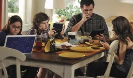 5 rregulla për të rifituar komunikimin e humbur me fëmijët