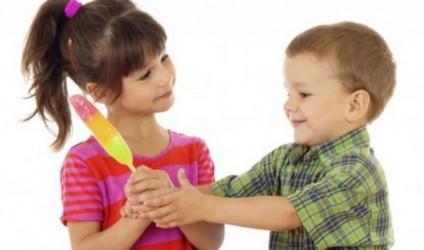 Si të rrisim fëmijë altruist