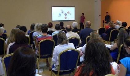 Trajnimet e mësuesve për tekstet digjitale Albas