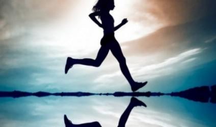 Frymëmarrja flutur, boksi... ja sportet që largojnë stresin