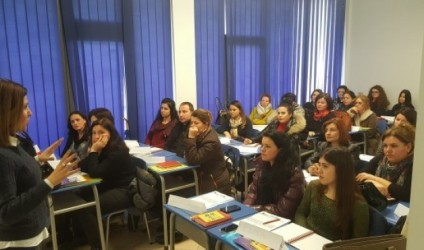 Përfundojnë trajnimet në Elbasan dhe Durrës