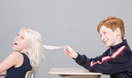 Bullizmi, 1 në 5 nxënës i prekur nga bullizmi në shkollë