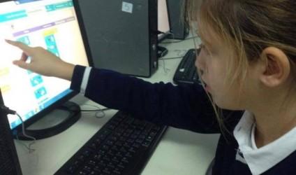 Përse fëmija juaj duhet të mësojë si të kodojë?