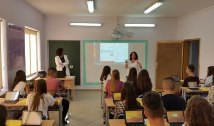 Përdorimi i teknologjisë informative në procesin mësimor