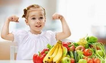 Fëmijë, ushqehuni shëndetshëm!