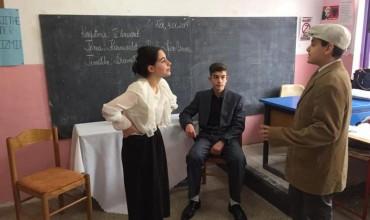 """Gjuhë shqipe: Improvizojmë """"Karnavalet e Korçës"""""""