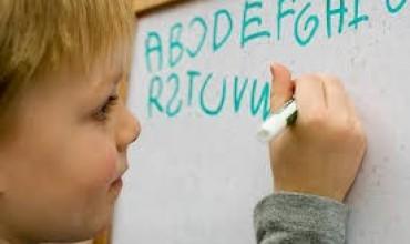 Shembuj të fëmijëve me disleksi dhe vështirësi në të nxënë.