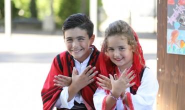 Mirë se vini në shkollën shqipe!