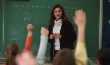 Çfarë do të ndodhte nëse mësuesit do të paguheshin më shumë?