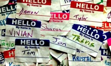 Si të memorizoni emrat e nxënësve në pak ditë