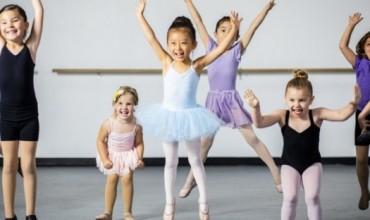 Ja ç'përfitojnë fëmijët duke u marrë me balet
