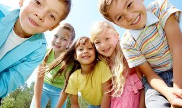 Ja përse fëmijët danezë janë fëmijët më të lumtur në botë