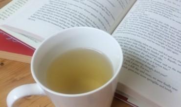 Takohemi për një çaj dhe për një libër
