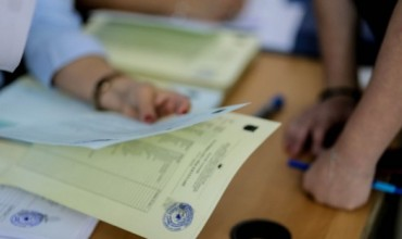 """Të rinjtë për të rinjtë, mbyllen zgjedhjet e para për """"Parlamentin e nxënësve"""""""