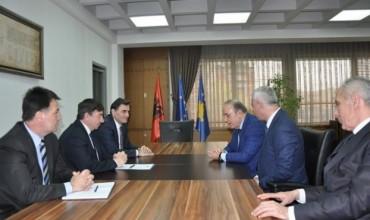 """Ministri Bajrami priti një delegacion nga universiteti """"Gazintep"""""""