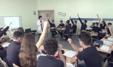 Orë model, lënda Fizikë, Klasa IX, shkolla Dora Distria, Tiranë