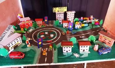 """""""Rregullat e sigurisë në rrugë"""", miniprojekt nga fëmijët e kopshtit Dëllënjë të Vlorës"""