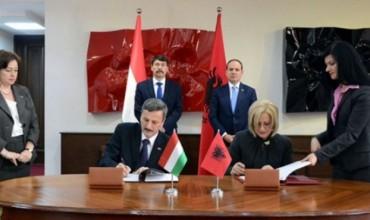 Shqipëri - Hungari, nënshkruhet programi i bashkëpunimit në arsim