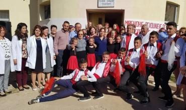 """Aktiviteti i shkollës """"Et'hem Zhgaba"""", Devoll që bëri bashkë personalitete të suksesshëm"""