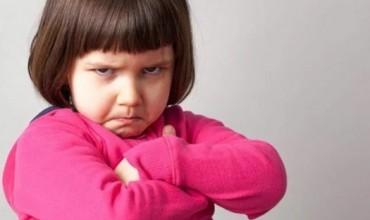Prindërimi, si të menaxhoni me sukses inatin te fëmijët tuaj