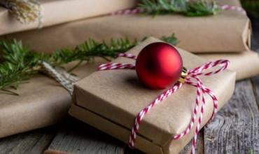 Krishtlindjet, dhurata që nuk do ju kushtojnë shumë, por do i gëzojnë të gjithë