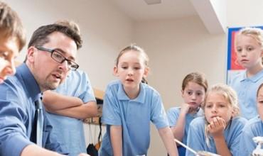 Fran Gjoka: Viti i Ri, marrëdhënie e re mësues-nxënës!