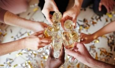Urimet më të bukura që mund t'i dërgoni njerëzve të dashur, miqve apo kolegëve për Vitin e Ri