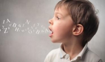 Kur fëmijët shqiptojnë keq fjalët