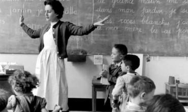 Mësuese, sot ndiej aromën e nënës sime te ju!