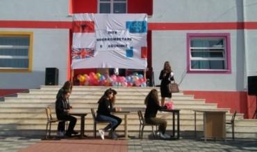 """SHMB """"Isak Alla"""", Librazhd, shpërndan mesazhe të rëndësishme në Ditën Ndërkombetare të Edukimit"""