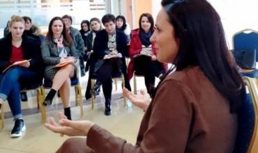Denada Toçe: Mësueset ndihmëse punojnë me pasion, por duhet të jenë më të shumta në numër