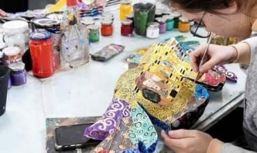 Made in Albania, maska karnavalesh që udhëtojnë nëpër botë