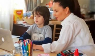"""Denada Toçe: A po e arrin qëllimin e tij mësimi """"online""""? ÇFARË po ndodh dhe SI duhet të ndodh?"""