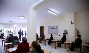 """Ministrja Shahini jep sqarime për kualifikimin e mësuesve, portalin """"Mësues për Shqipërinë"""" dhe për praktikantët"""