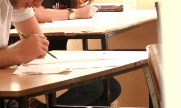 Testimi për maturantët do zgjasë dy orë, Vrapi: për pyetjet me alternativa nevojitet më pak kohë