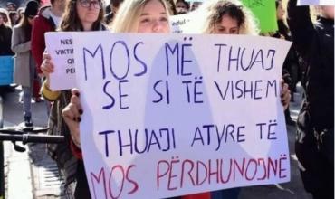 Protesta për vajzën e dhunuar, një hap drejt emancipimit